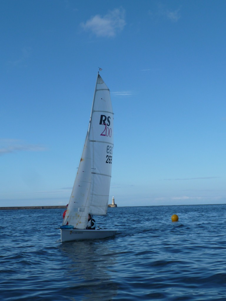 wed 15 may racing for tynemouth and south shields sailing clubs (1)