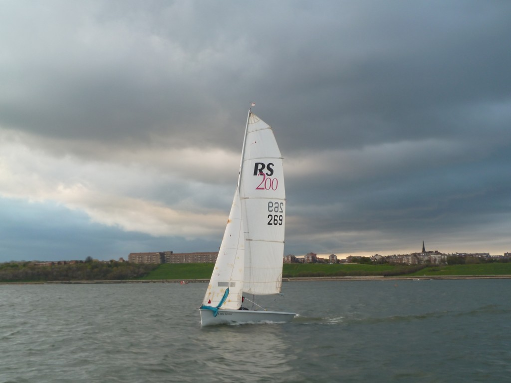 wed 15 may racing for tynemouth and south shields sailing clubs (20)