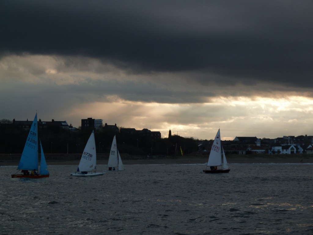 wed 15 may racing for tynemouth and south shields sailing clubs (30)